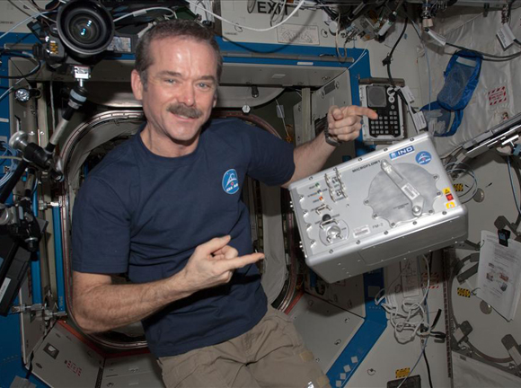 Hadfield unpacks Microflow