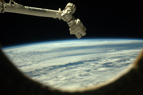 Photo of Canadarm2