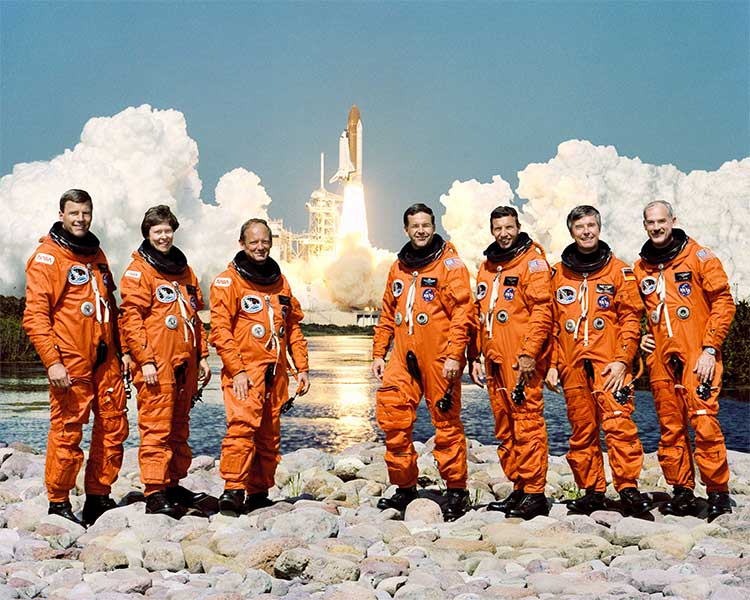 Mission STS-42 Crew