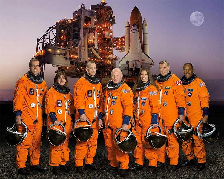 Mission STS-118 Crew