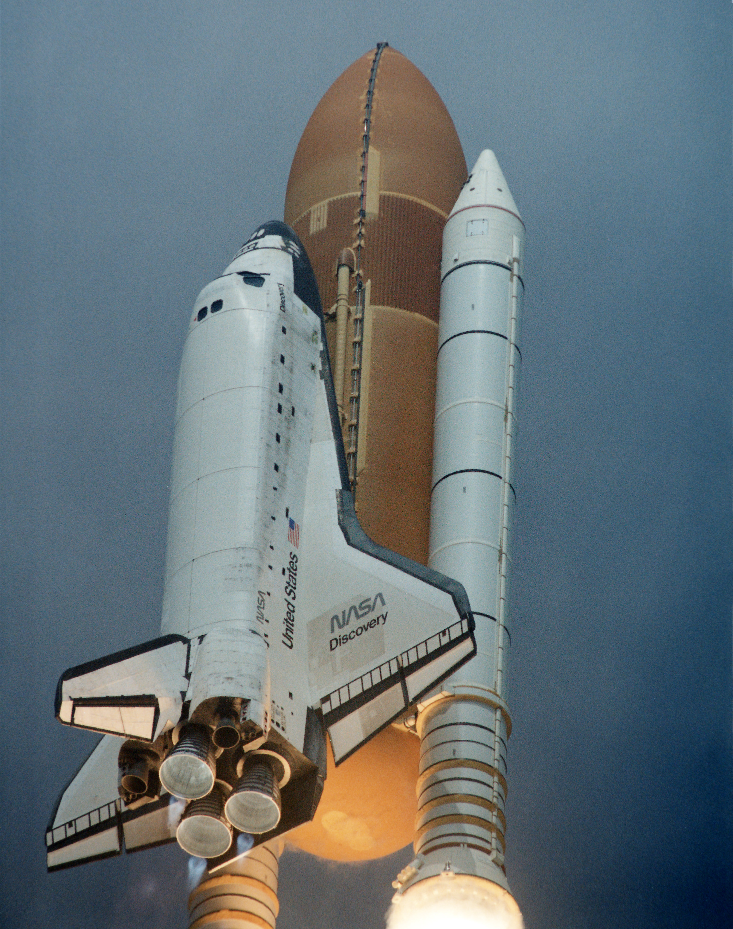 Space Shuttle Discovery Launch - Canadian Space Agency