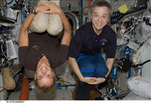 Astronauts Julie Payette and Robert Thirsk