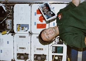 Astronaut Bob Thirsk and mission STS-78