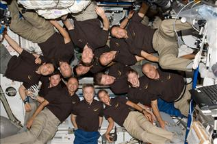 Expedition 20 and STS-127 crews