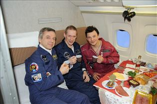 The Expedition 20/21 crew