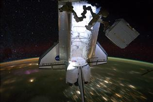 Endeavour and Dextre – Last Rendezvous