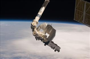 Canadarm2 deftly handles the Exposed Pallet
