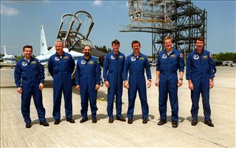 Crew of mission STS-100