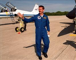Astronaut Chris Hadfield arriving at the Kennedy Space Center