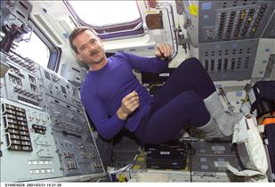 Astronaut Chris Hadfield onboard Endeavour, mission STS-100