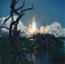Launch of mission STS-85