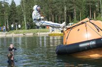 CSA astronaut David Saint-Jacques takes part in water survival training