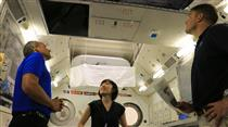 David Saint-Jacques and Jeremy Hansen train at JAXA