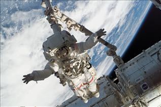 Canadarm2 – Images of a 10-Year History