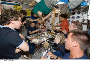 STS-127 and Expedition 20 crew members