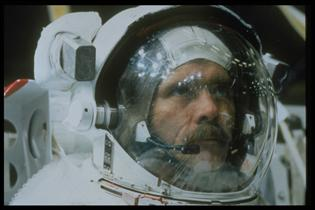 Astronaut Chris Hadfield training for STS-74