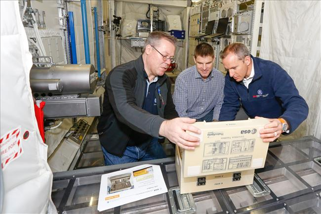 CSA Astronauts Train in Europe to Operate Weightless Lab on the ISS