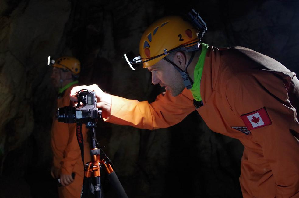 CSA astronaut Jeremy Hansen taking part in CAVES expedition