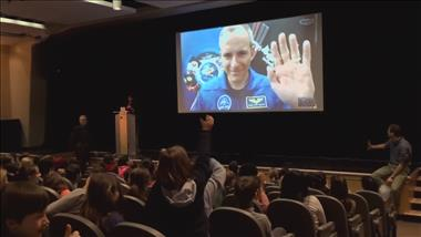 Thumbnail for video 'CSA Astronaut David Saint-Jacques Inspires Students'