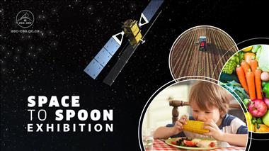 Thumbnail for video 'Jeremy Hansen encourages Canadians to go see the Space to Spoon exhibition when it travels to their area'